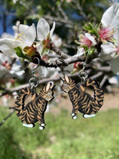 1645 tabby cat wood earrings